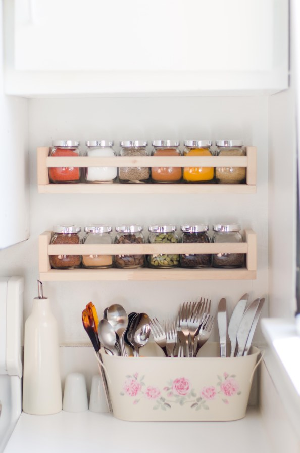 As 'Cutlery Caddy'