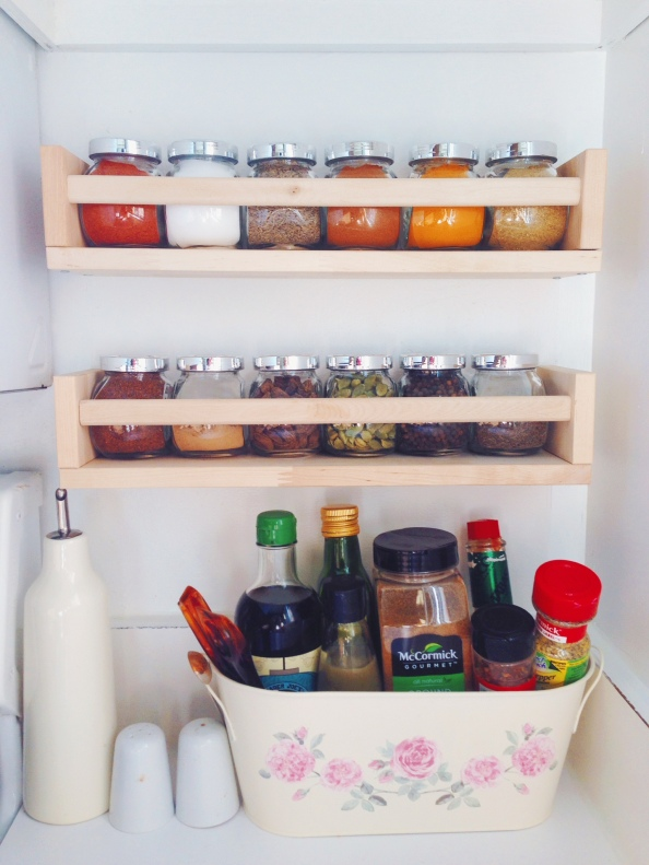 As 'Condiment Stand'